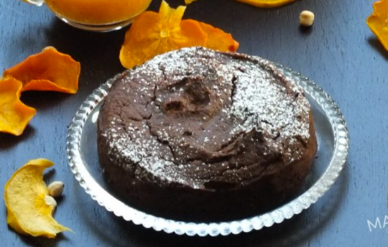 Torta cioccolato, ceci e datteri