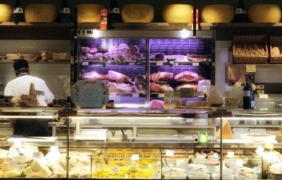 Rina Poletti in Via Emilia Bottega Gastronomica (Milano)