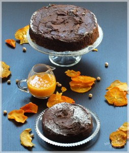 Torta al cioccolato, ceci e datteri. Ricetta gluten free.